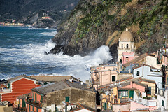 Vernazza-CrashingWave  (Explored) (cheryl strahl) Tags: italy europe surf waves village crash explore cinqueterre vernazza picturesque breakwater