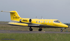 DCEXP Air Alliance (Anhedral) Tags: learjet bizjet airambulance 35a shannonairport airalliance corporatejet dcexp taxyway