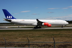 SAS LN-RKP, OSL ENGM Gardermoen (Inger Bjørndal Foss) Tags: norway airbus sas scandinavian a340 osl gardermoen engm lnrkp