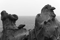 udo rock formations (l e o j) Tags: ocean sea face rock japan coast boat fishing shrine formation miyazaki udo 岩 海岸 石 海 jingu 船 宮崎 つり schnoz 鵜戸神宮 鼻 舟 岩層 崎