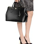 "Tory Burch Robinson Double-zip Tote <a style=""margin-left:10px; font-size:0.8em;"" href=""http://www.flickr.com/photos/131977751@N08/17303175871/"" target=""_blank"">@flickr</a>"