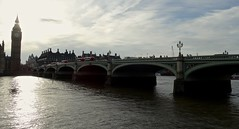 El puente de Westminster al atardecer (Isabel Aguado Rodrguez) Tags: atardecer westminsterbridge tmesis westminsterparliament