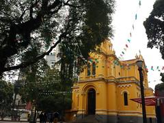 Bandeirinhas no Paissandu (JODF) Tags: igreja bandeirinhas paissandu