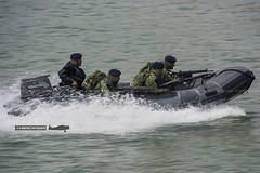 Dia da Marinha 2016 (P.J.V Martins Photography) Tags: portugal boat marine war gun speedboat lisboa lisbon rifle navy maritime oeiras marines machinegun marinha portuguesa fuzileiros fuzileiro