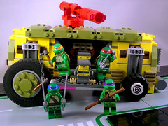 LEGO Turtles - Attack! (hoy-small-fry) Tags: lego teenage mutant ninja turtles metalhead leonardo michelangelo raphael donatello shellraiser