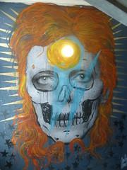 Carlos Olmo : heroes are dope (juillet 2016) (Archi & Philou) Tags: streetart bowie davidbowie rehab artsetmtiers paris14 rhabilitation carlosolmo maisondesartsmtiers
