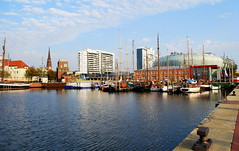 Bremerhaven (hannah_bergmann) Tags: city sunset beautiful port skyscape landscape boats cityscape dom ships chruch nordsee bremerhaven zooammeer sailingships waterscape habor segelboote