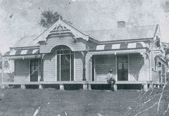 321 Morpeth Rd., Raworth, N.S.W. (maitland.city library) Tags: road houses homes house home cottage newsouthwales morpeth dwellings maitland raworth