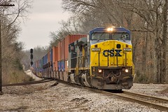 CSX Q144-07 at Wauhatchie (KD Rail Photography) Tags: cloudy tennessee trains container signals transportation ge railroads winterweather generalelectric csx tennesseevalley intermodal cloudydays c408w winterseason intermodaltransportation cw44ah howtomorrowmoves