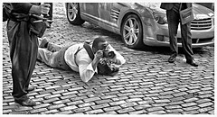 Fotografazo!!!!!!!! (Samy Collazo) Tags: leica bw google photographer oldsanjuan puertorico streetphotography bn cobblestones sanjuan viejosanjuan 1953 fotografo adoquines lightroom germancameras fotografiacallejera elmar5cmf35 lightroom3 germanlenses epsonperfectionv500scanner camarasalemanas niksilverefexpro2 lentesalemanes leicallf