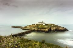 Tapia de casariego (niripla) Tags: lighthouse faro mar long asturias tapiadecasariego