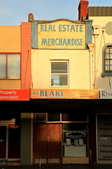 Narrow Shopfront (Darren Schiller) Tags: old morning building sign shop architecture store newsouthwales waggawagga