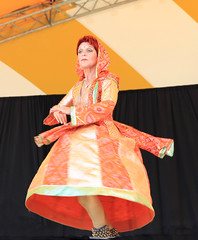 Festival of India (Cindy's Here) Tags: dancing festivalofindia marinapark thunderbay ontario canada canon motion twirl 52in2016challenge 20action