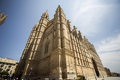 Cathedral de Palma (ErikSWE) Tags: building church architecture angle cathedral wide victorian era palma ultra uwa