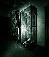 Chills from the Darkness (Paco_X) Tags: dark death ghost basement casket spooky chilling funeral coffin cellar mortuary