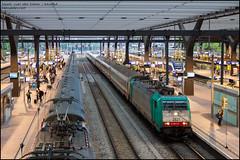 NMBS 2821 + I6/I10 (Benelux) - Rotterdam Centraal (Mark van der Meer) Tags: urban station train rotterdam nederland railway infrastructure nl i10 railways trein spoor spoorwegen bombardier carriages zuidholland traxx rotterdamcentraal nmbs prorail rijtuig infrastructuur i6 sncb rotterdamcentraalstation rijtuigen e186 hle28 traxxf140ms2 serie186 traxx2821