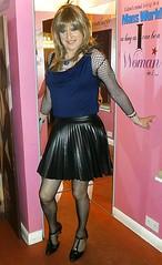 The Pink Room (Amber :-)) Tags: black mini skirt crossdressing tgirl transvestite sunray pu