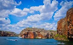 Canyons do Xing - Rio So Francisco (titaaum) Tags: nature rio river boat francisco natureza canyon sao jetski aracaju nordeste alagoas sergipe xingo