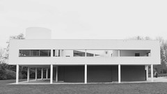 Villa Savoye (1928-1931, F) (iBSSR who loves comments on his images) Tags: les architecture design modernism le simplicity villa perfection corbusier modernist claires heures