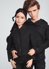 Gale&Katniss (turtle_cherry) Tags: dolls gale mattel katniss