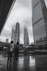 Tourists ( (Gino Zhang)) Tags: bw monochrome zeiss shanghai sony  fullframe alpha  ff  carlzeiss lujiazui loxia  mirrorless a7rii ilce7rm2 a7rmarkii loxia2821