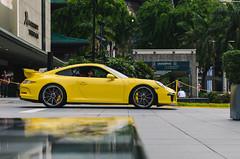 Porsche 911 GT3 (McManF1) Tags: road reflection yellow marriott palms singapore orchard porsche gt3