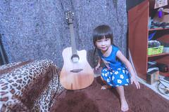 KUN_3944 () Tags: baby cute kids children nikon child g wide happiness wideangle kawaii littlegirl  f4 vr extendedfamily  1635     playinggame 1635mm lovefamily   d3s   nikonafsnikkor1635mmf40gedvr 2016201606