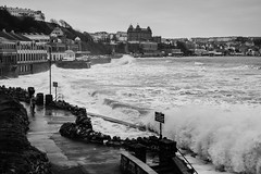 DSCF3079.jpg (John Horsfield) Tags: rough scarbrough seas