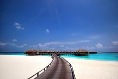 藍天 白沙 水上屋 Maldives (Clonedbird 克隆鳥 & Iris 艾莉絲) Tags: male landscape nikon indianocean resort maldives 風景 馬爾地夫 watervilla 水上屋 天堂 d810 nokkor 馬列 環礁 印度洋 馬爾代夫 haaalifuatoll jamanafaru 瑪納法魯島 渡假島