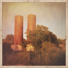Twin Towers (Sam_Sims) Tags: twintowers iphone countryroads ipad deepintheheartoftexas samsims ranchroads samiam281