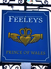 Prince of Wales - Feeleys (Draopsnai) Tags: blue gold hands heart crown lambeth pubsign princeofwales unionroad feeleys