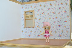 I would like to sell little dal soldier of card (rosa_cania) Tags: money cute soldier for little sale dal card blond need