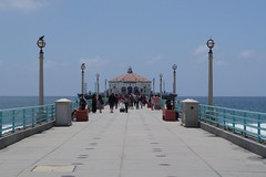 Roundhouse Aquarium, Manhattan Beach Pier (kristenlanum) Tags: ocean california blue summer sky beach water losangeles pacific manhattanbeach