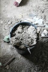 IMG_3092 (De Tuinen van Servaas en Dorothe) Tags: duiven mest dakgoot stof gebinte
