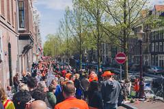 Bloemgracht Koningsdag (Uitgebeeld.nl ** AKA ** Dan Kamminga) Tags: holland netherlands amsterdam nederland jordaan queensday bloemgracht koningsdag
