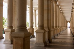 Prospettiva (Emilio Poli) Tags: architettura fuga karlovyvary colonnato kolonada