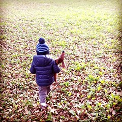 #autumn #kid #little friends ... le #foglie in autunno (Mamle) Tags: autumn foglie kid little
