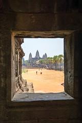 Cambodia, Angkor Wat (Strby Patric) Tags: cambodia window fenster unesco kambodscha tempel khmer suryavarman weltkulturerbe reisen cambodge cambogia  jinpzhi  kambodzha kambodja kambodza camboya