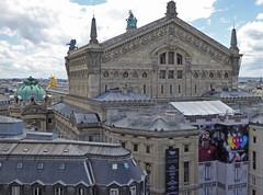 2016.06.25.08 PARIS -  Vue depuis la terrasse des Galeries Lafayette (alainmichot93 (Bonjour  tous)) Tags: 2016 france ledefrance seine paris architecture dme statue opra opragarnier toit