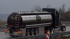 D - S&S printing inks Freightliner (BonsaiTruck) Tags: truck ss lorry camion ami printing inks lastwagen lorries lkw freightliner lastzug hauber
