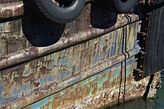 nikonafs28300f3556gedvr weathered tug boat sealark rusted... (Photo: sswj on Flickr)