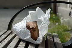 Brot (wohnblogAt) Tags: poverty bread gebude lebensmittel bettler ernhrung gebude altstadtsalzburg ernhrung brotaufsitzbank