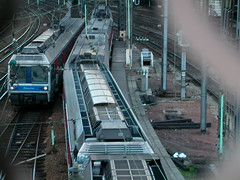 Promenade  pied entre saint lazare et montmartre-Paris (bratieres) Tags: train btiments