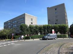 Complex Drie Linden, Watermaal-Bosvoorde (Erf-goed.be) Tags: geotagged brussel archeonet watermaalbosvoorde jeanjuleseggericx drielinden geo:lon=44143 geo:lat=508028