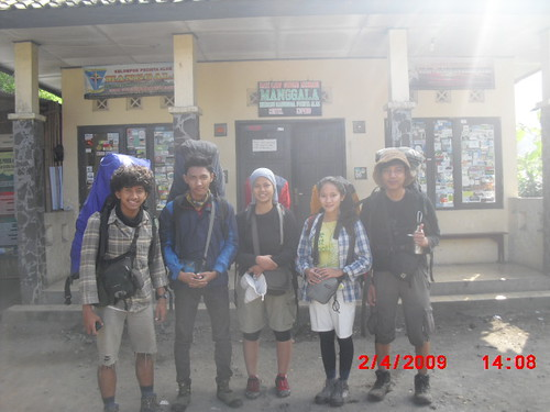 "Pengembaraan Sakuntala ank 26 Merbabu & Merapi 2014 • <a style=""font-size:0.8em;"" href=""http://www.flickr.com/photos/24767572@N00/26557138944/"" target=""_blank"">View on Flickr</a>"