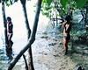 Aldeia Quatro Cachoeiras (feerprd) Tags: travel brazil nature water rio água brasil kids river children culture crianças floresta florest cultura tribo indigenous aldeia índio cahoeira idigena