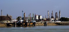 Port Jrme (francis_erevan) Tags: river raffinerie refinery