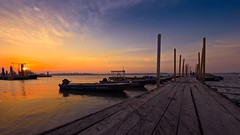 Chasing Sunsets (Anna Kwa) Tags: sunset sun set boats pier nikon singapore ripple jetty d750 always passenger bonnejourne breeze caress searching my chasingsunsets settingsuns afszoomnikkor1424mmf28ged annakwa