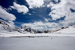khunjerab pass (jzielcke) Tags: world voyage china road travel pakistan de la reisen highway asia tour central pass silk du east route karakoram kkh roads monde soie reise welt khunjerab karakorum  turkestan  seidenstrasse    seidenstrase  silkenstrasse silkenstrase