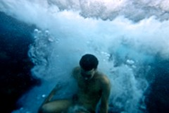 Exploding Boy (Max Sat) Tags: blue italy holiday water vacances jump eau italia fuji underwater explosion wideangle bleu sicily fujinon bulles italie sicilia saut sousleau sicile marenostrum aquapac maxsat mediterranee xf14 fujixe1 maxwellsaturnin